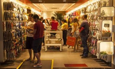 Loja Havaianas em Ipanema Foto: Hermes de Paula
