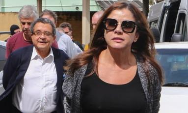 Monica Moura e Joao Santana no momento da prisão na 23ª fase da Operação Lava-Jato denominada Operação Acarajé Foto: Geraldo Bubniak/ 22-6-2016 / Agência O Globo