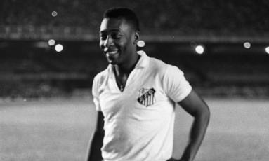 Pelé em ação pelo Santos em 1968 Foto: Arquivo / Agência O Globo