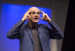 Marcos Caruso estrela o espetáculo 'O Escândalo Philippe Dussaert' Foto: Divulgação/Paula Kossatz