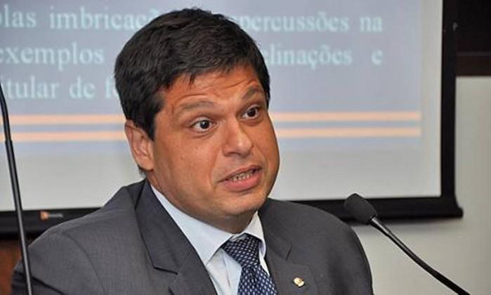 Resultado de imagem para ex procurador geral da república é acusado