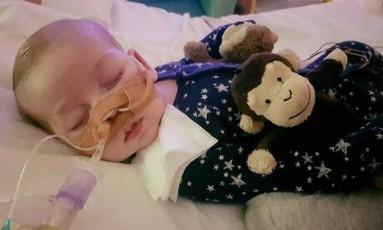 Charlie Gard tem 10 meses e sofre de uma doença genética Foto: pDAt6i0QPKhedzORSDKy91uu2ywzJTd9jlEvxAQ4S2Bax2U0LMoanzXL8PA2Q/agzvmTw6VAtSVKVYq7Kx67Gw==