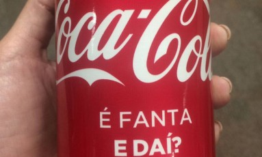 Latinha da Coca-cola questiona preconceito Foto: Reprodução