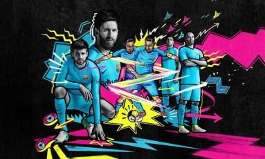 Piqué, Messi, Neymar, Suárez e Iniesta foram os 'modelos' do Barcelona na divulgação do novo uniforme Foto: Divulgação