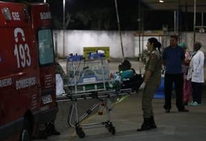 Bebê foi transferido para a UTI Neonatal Foto: Pablo Jacob / O Globo