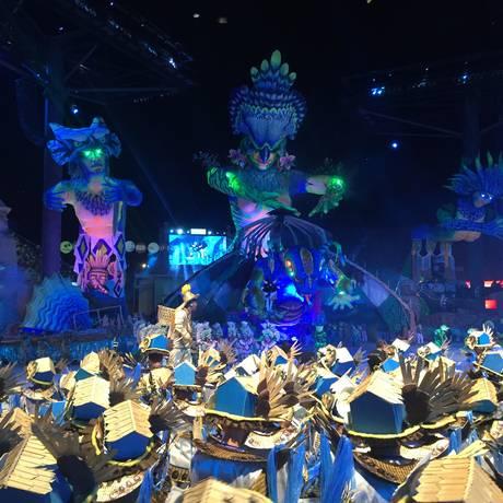 Primeira noite do 52º Festival Folclórico de Parintins, no Amazonas; apresentação do Boi Caprichoso Foto: Bruno Calixto / Agência O Globo