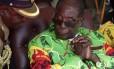 Presidente do Zimbabue, Mugabe tem 93 anos