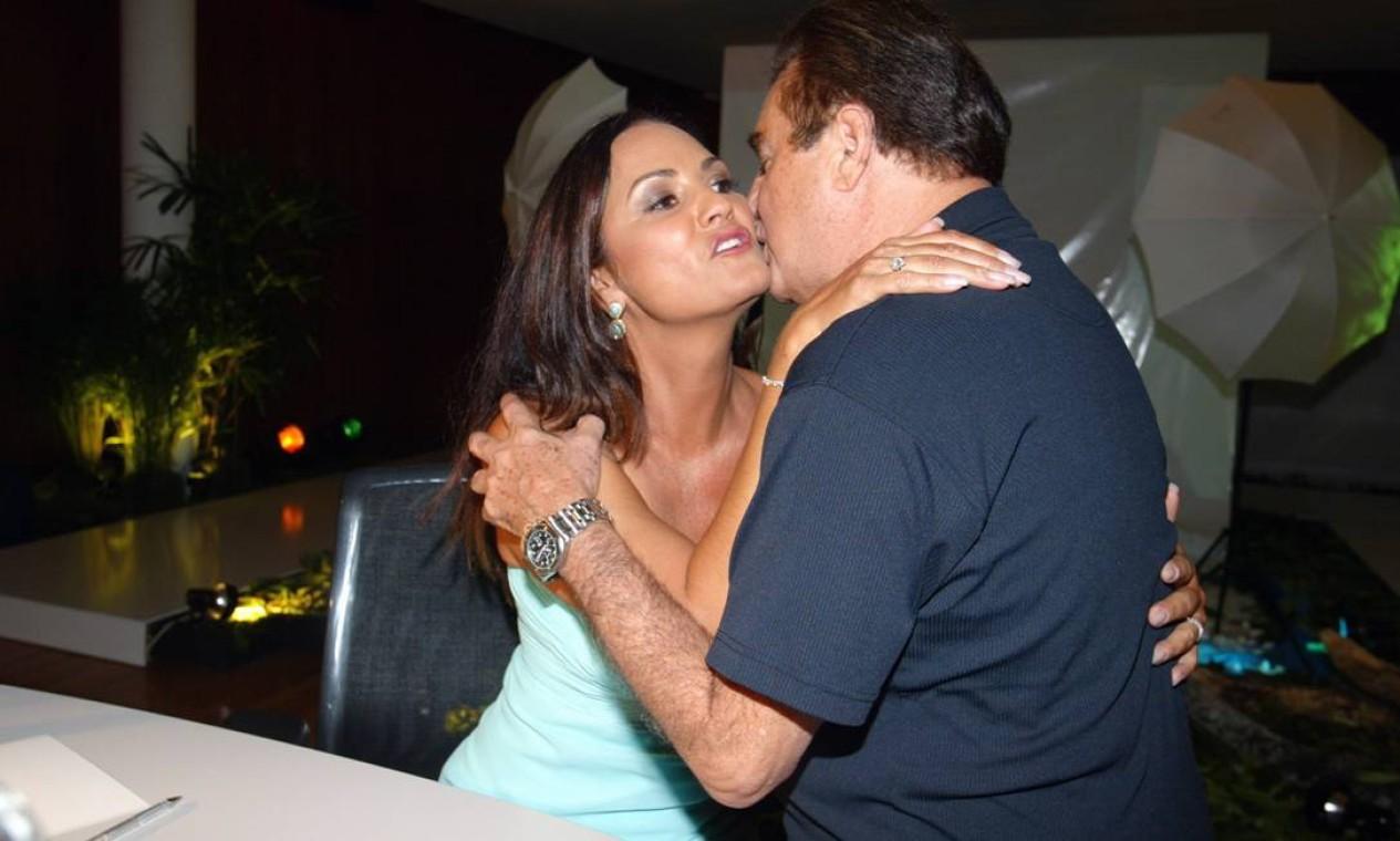 Luiza Brunet e Humberto Saad em foto de 2005 Foto: Marcos Ramos / Agência O Globo