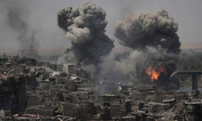 Atentado faz pelo menos 50 mortos — Iraque