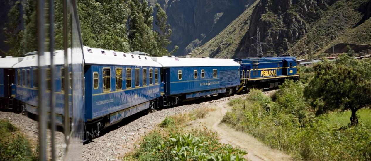 Trem Hiran Bingham, no Vale Sagrado, que liga Cusco a Machu Picchu, no Peru Foto: Divulgação