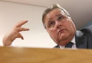 Segundo mulher de Lúcio Funaro, Geddel Vieira Lima fazia constantes ligações ao operador financeiro Foto: Jorge William / Agência O Globo