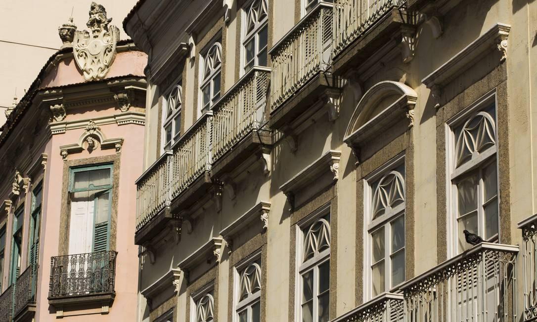 Para dar um uso a imóveis privados arquitetos, urbanistas e o setor de construção civil apostam em soluções bem díspares Foto: Mônica Imbuzeiro / Agência O Globo