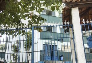 Um a menos. O Colégio Machado de Assis, no Fonseca, perdeu turmas de 6º e 9º anos em 2017: decisão estadual Foto: Ana Branco / Ana Branco