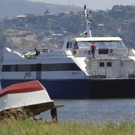 Para poucos. Catamarã em Charitas: valor da passagem da linha que vai para o Centro do Rio é R$ 16,50 Foto: Fábio Guimarães / Fábio Guimarães/04-02-2016