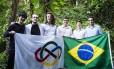 Os seis meninos que irão representar o Brasil na Olimpíada Internacional de Matemática