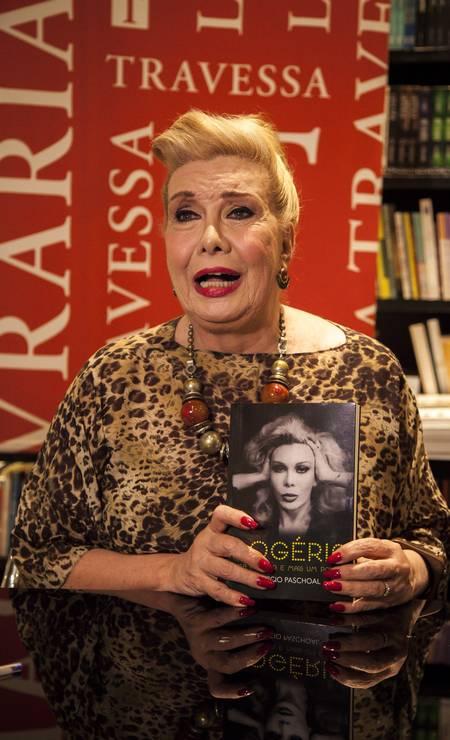 No lançamento de sua biografia, na Livraria da Travessa do Leblon, em 2016 Foto: Hermes de Paula / O Globo