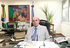 O vice-governador do Rio, Francisco Dornelles, que reassumiu o governo Foto: Clarice Castro