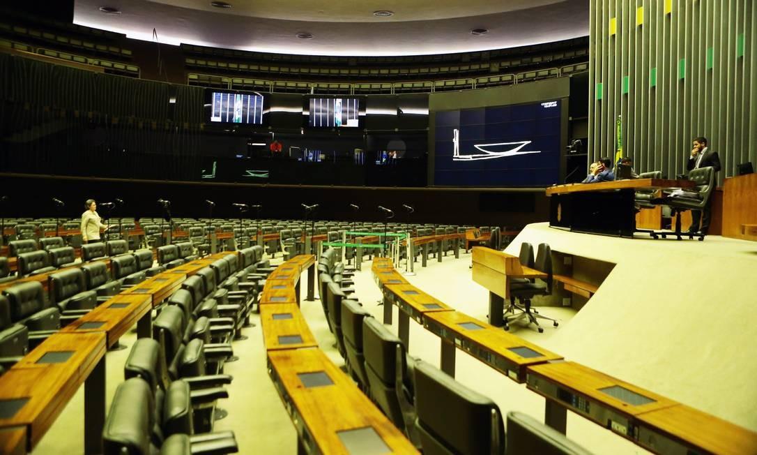 Na sessão seria lido o relatório da CCJ contra o presidente Michel Temer Jorge William / O Globo