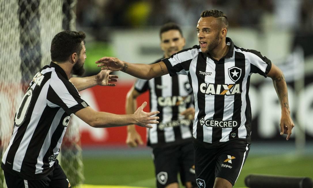 Guilherme marcou o gol da vitória
