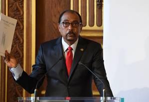 O diretor executivo da UNAids, Michel Sidibé, comemorou os resultados da luta global contra a Aids Foto: ALAIN JOCARD / AFP