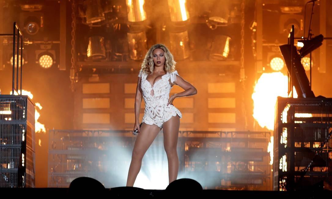 Com a pele branca, estátua de Beyoncé no Madame Tussauds é comparada a Lindsay Lohan e Shakira