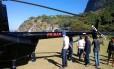 O helicóptero fez um pouso forçado Foto: Reprodução