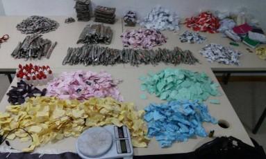 Material estava com dois traficantes em Manguinhos, na Zona Norte Foto: Divulgação