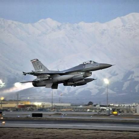 Jato americano decola no Afeganistão Foto: Reprodução