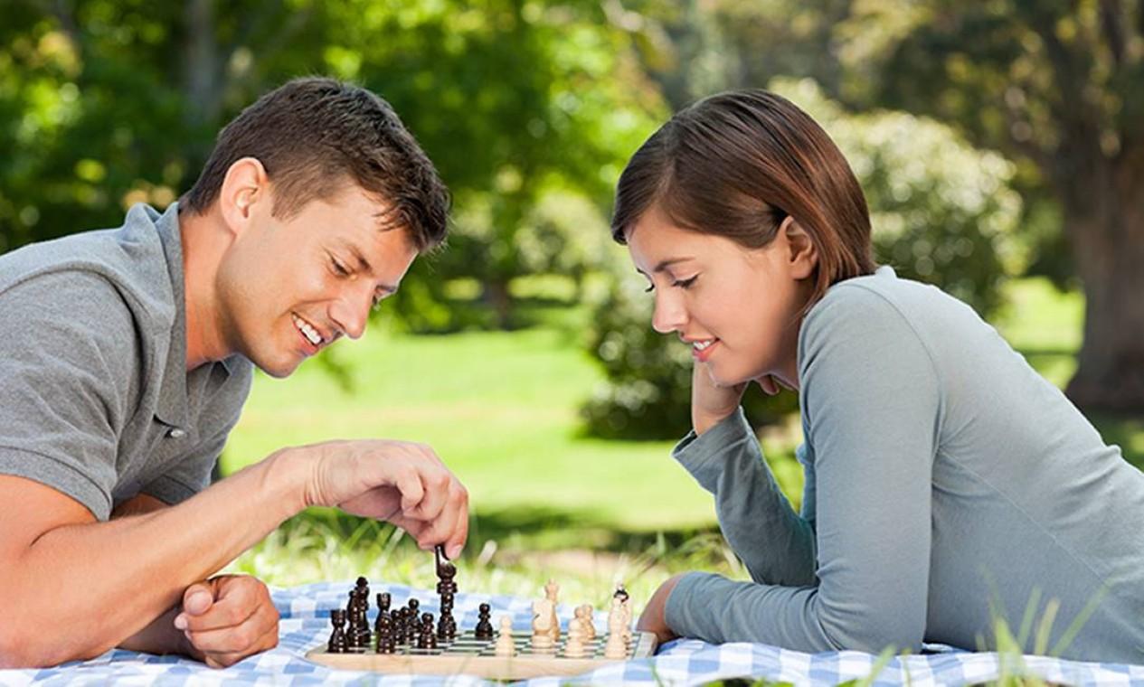 Xadrez é considerado um excelente exercício para o cérebro e ajuda a melhorar o planejamento de estudo Foto: iStock