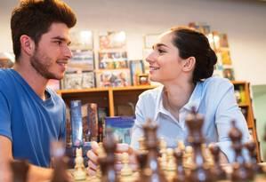 Além de divertidos, alguns passatempos como o xadrez estimulam o cérebro e melhoram o rendimento Foto: Fotolia