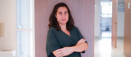 Longa espera. Após duas tentativas e uma ação judicial, Renata Gomes, de 38 anos, atravessa o primeiro trimestre de gravidez Foto: Marcos Alves