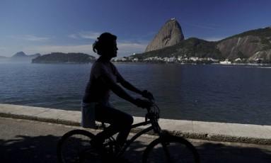 Previsão é de tempo ensolarado até sexta-feira Foto: Gabriel de Paiva / Agência O Globo