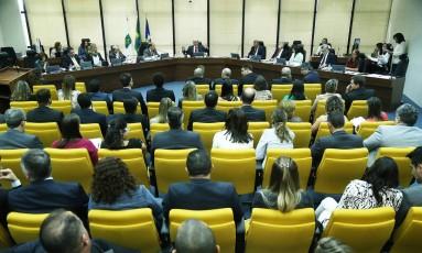 Reunião do Conselho da PGR: Rodrigo Janot, Raquel Dodge e o relator do Conselho do Ministério Público, José Bonifácio Borges de Andrada Foto: Ailton de Freitas / O Globo