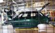 Linha de produção na fábrica de Oxford, onde BMW produzirá o Mini elétrico Foto: Chris Ratcliffe / Bloomberg News/20-9-2016