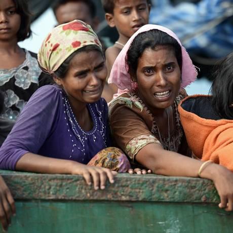 Mulheres rohingyas vivem drama duplo: apátridas, ainda sofrem com estupros por violações de soldados Foto: AFP/Arquivo