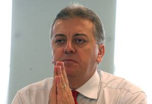 Presidente do Banco do Brasil, Aldemir Bendine, durante entrevista Foto: Gustavo Miranda / O Globo