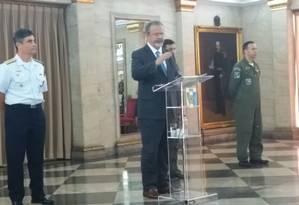 Ministro da Defesa, Raul Jungmann, fala sobre plano de Segurança do Rio Foto: Giselle Ouchana / O Globo