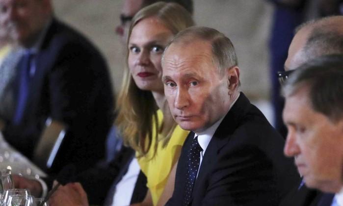 Trump apoia lei para ampliar sanções contra a Rússia, diz Casa Branca