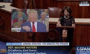 A deputada americana Maxine Waters discursa na Câmara dos Representantes Foto: Reprodução/C-SPAN