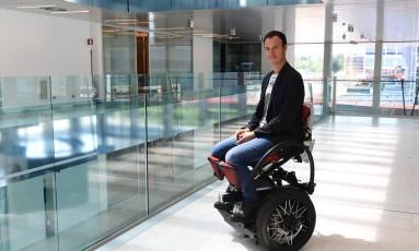 "Fundador de ""MarioWay"", Mario Vigentini, tentará reduzir valor da cadeira de rodas inovadora Foto: MIGUEL MEDINA / AFP"