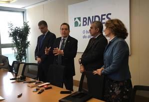 Reunião no BNDES tratou de processo de privatização da Cedae Foto: Carina Bacelar / O Globo