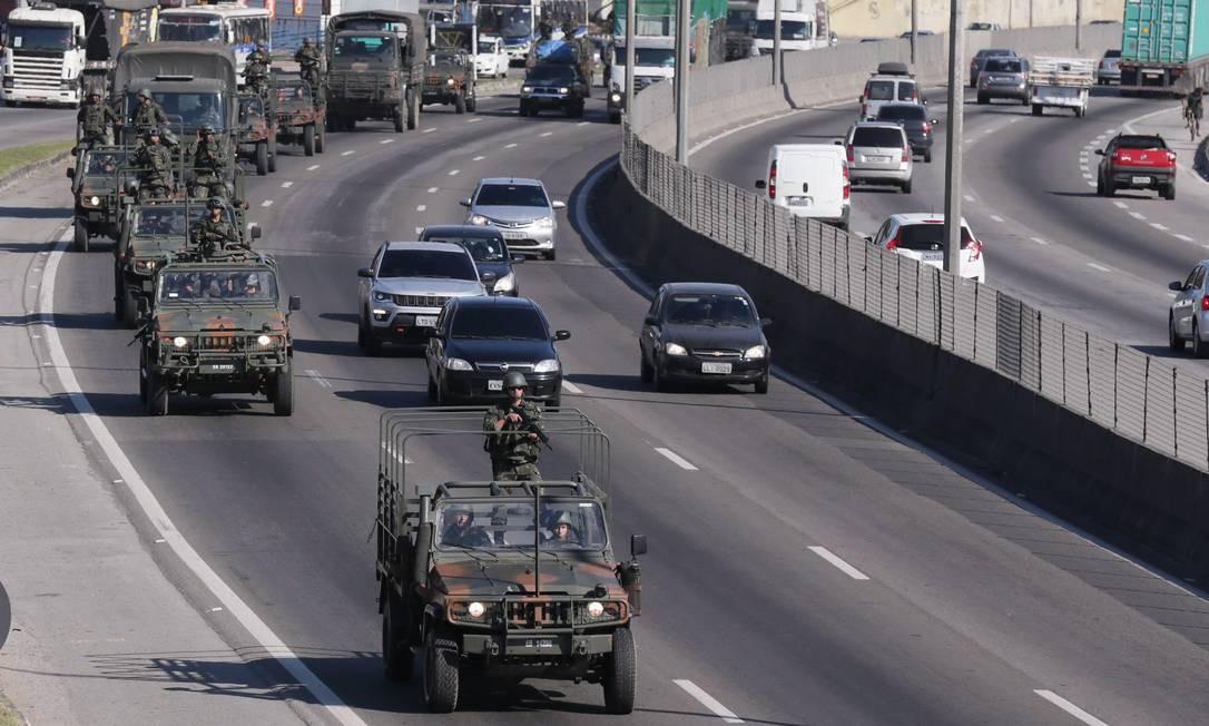 O objetivo principal da ação é garantir a segurança nas ruas da cidade Foto: Cléber Júnior / Agência O Globo