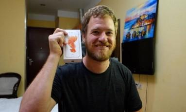 O engenheiro Scotty Allen conseguiu comprar até a caixa do iPhone Foto: Scotty Allen