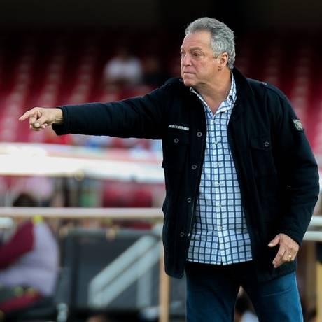 Querido pelo meio esportivo, Abel Braga recebeu a solidariedade de clubes e atletas de todo o país Foto: Lucas Merçon / Divulgação/Fluminense