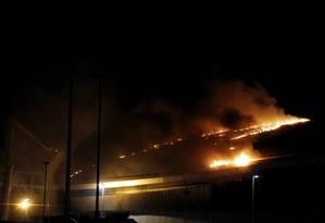 Velódromo do Parque Olímpico da Barra, na Zona Oeste, foi atingido por um incêndio Foto: Pedro Teixeira / Agência O Globo