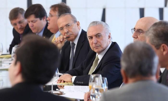 Temer mandou JBS entregar dinheiro vivo a Cunha