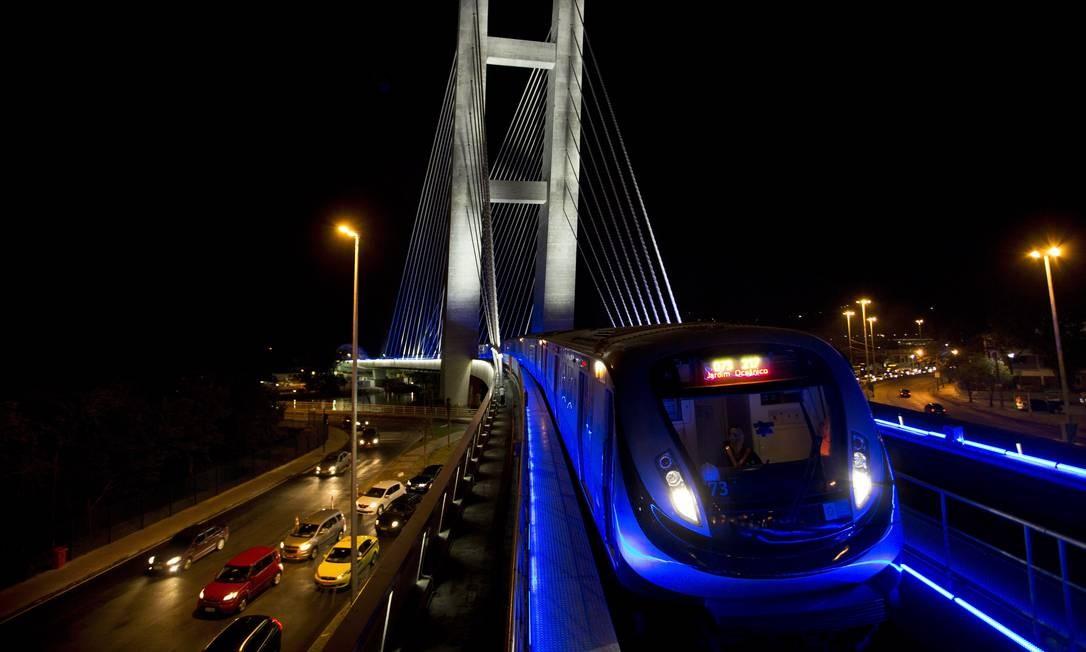 Obra de infraestrutura mais cara dos Jogos Olímpicpos, com um custo de R$ 8,79 bilhões, a Linha 4 do metrô conectou, em seus 16km de extensão, o Jardim Oceânico, na Zona Oeste, à Zona Sul do Rio Foto: Guito Moreto / Agência O Globo