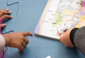 Crianças brincam no primeiro espaço do projeto Cantos de Leitura no Rio, em Vila Isabel Foto: Quezia Feliciano / Divulgação