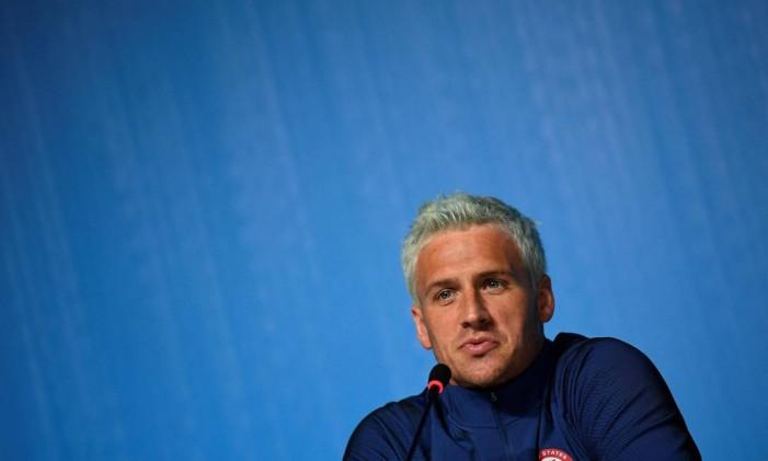 Ryan Lochte mentiu sobre ter sido assaltado durante passagem pelo Rio Foto: Martin Bureau / AFP