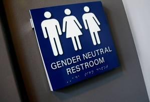 Donald Trump revogou medida que dada aos estudantes transexuais o direito a banheiros neutros em escolas públicas americanas Foto: Shannon Stapleton / REUTERS